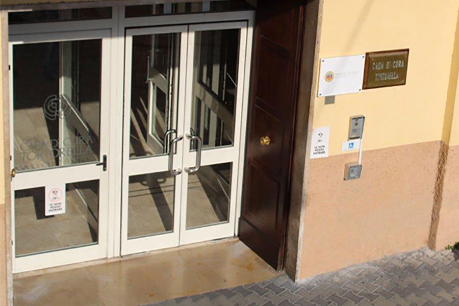 Salerno: 9.baby e Casa di Cura Tortorella